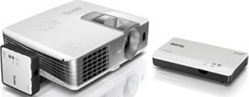 BenQ W1070+W 3D Wireless DLP Projektor (Wireless Full HD Kit, 3D über HDMI, Full HD, 1.920x1.080 Pixel, 2.200 ANSI-Lumen, Kontrast 10.000:1, Vertical Lens Shift, 2x HDMI, 1x MHL, Smart Eco) weiß - 3